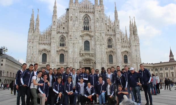 AIS-AFL academy group shot at the cathedral in Milan