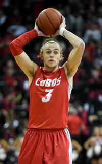 46851d0978 Ex-basketballer Hugh Greenwood becomes a Crow after eight-year chase ...