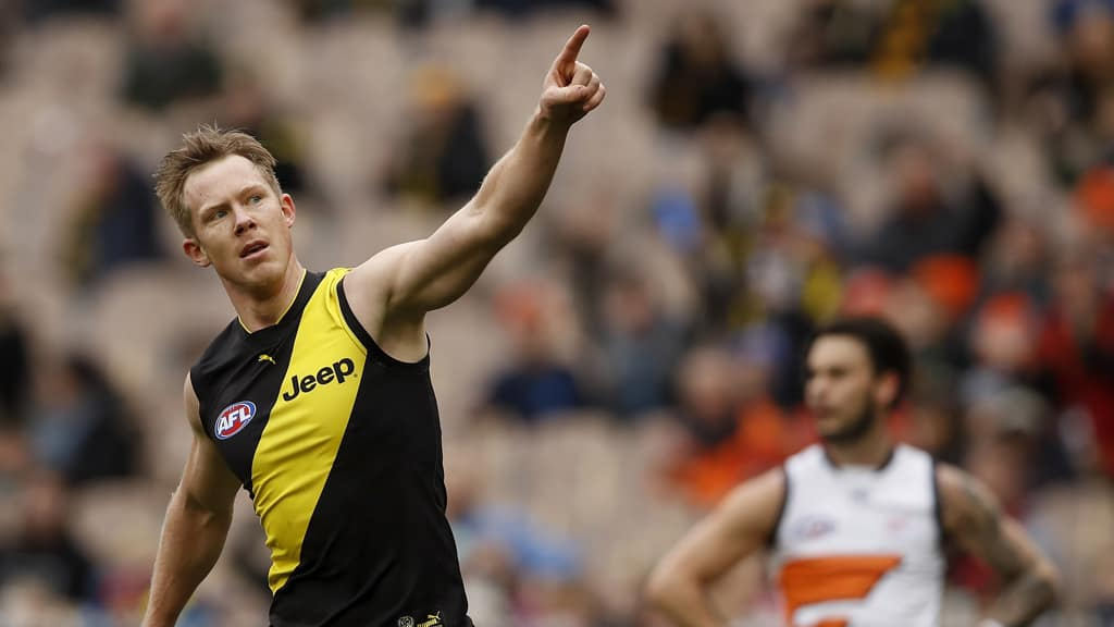 Tigers send warning to competition with big win over Giants