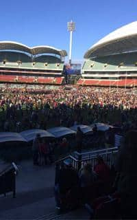 Thousands of people paid their respects to Phil Walsh at Adelaide Oval on Sunday afternoon