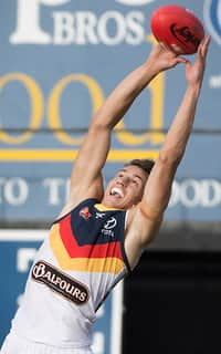 Tom Doedee took a team-best four intercept marks in the SANFL on Sunday