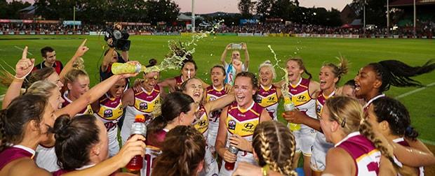 AFLW 2018 Rd 01 - Adelaide v Brisbane