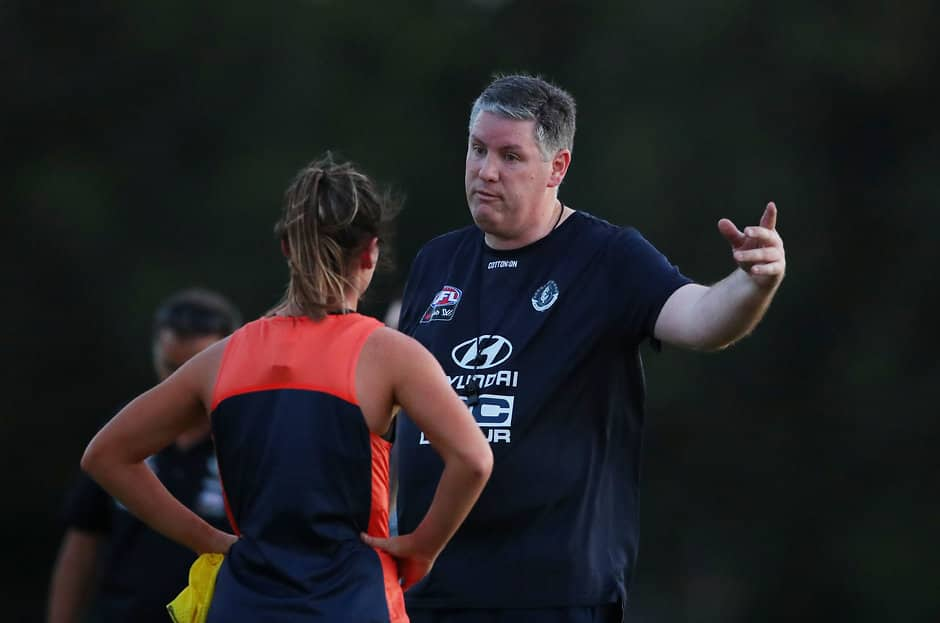 Damien Keeping makes his point at a Carlton AFLW training session - AFLW,AFLW Draft,Tayla Harris,Nicola Stevens
