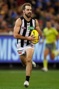 Steele Sidebottom was one of the Magpies' best players with 32 disposals and two goals. Image: AFL Photos.