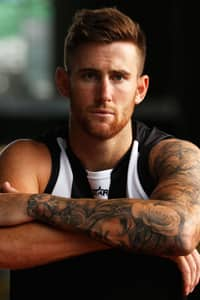 At 25, Jeremy Howe will add 100 games of experience to Collingwood's list in 2016.