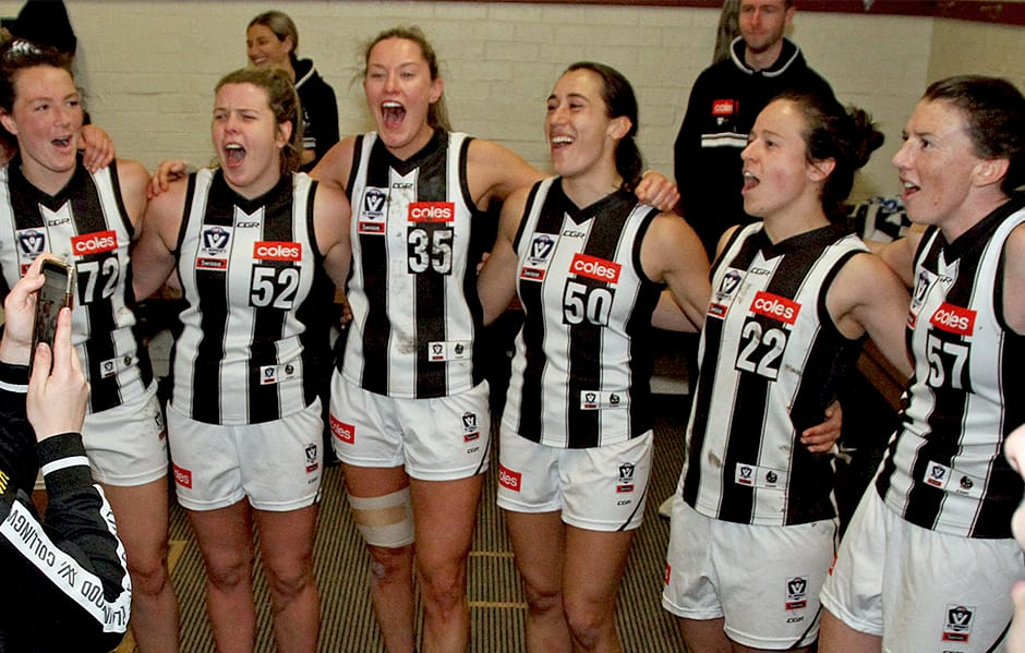 VFLW: Pies secure top spot defeating the Hawks