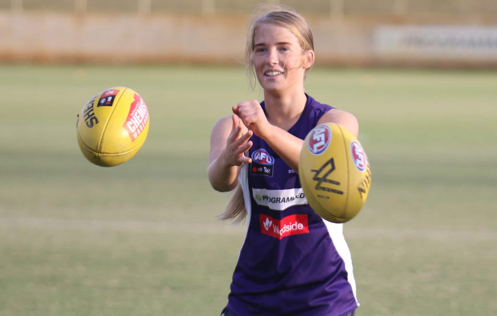 AFLW: 19 retained as Stewart signs
