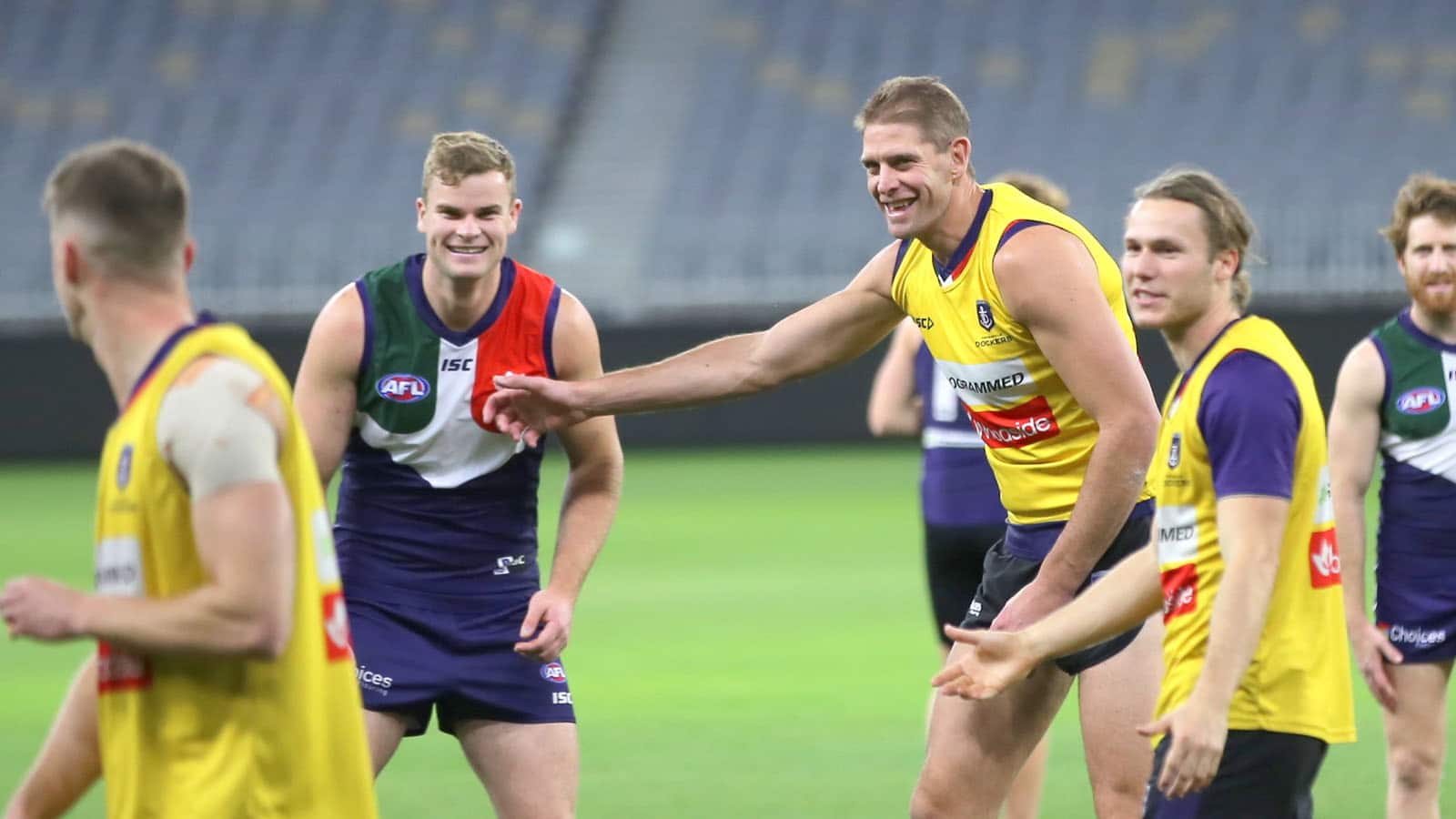 Darcy had some heartfelt words to bid farewell to his mentor and great mate. - Fremantle,Fremantle Dockers,Sean Darcy,Aaron Sandilands