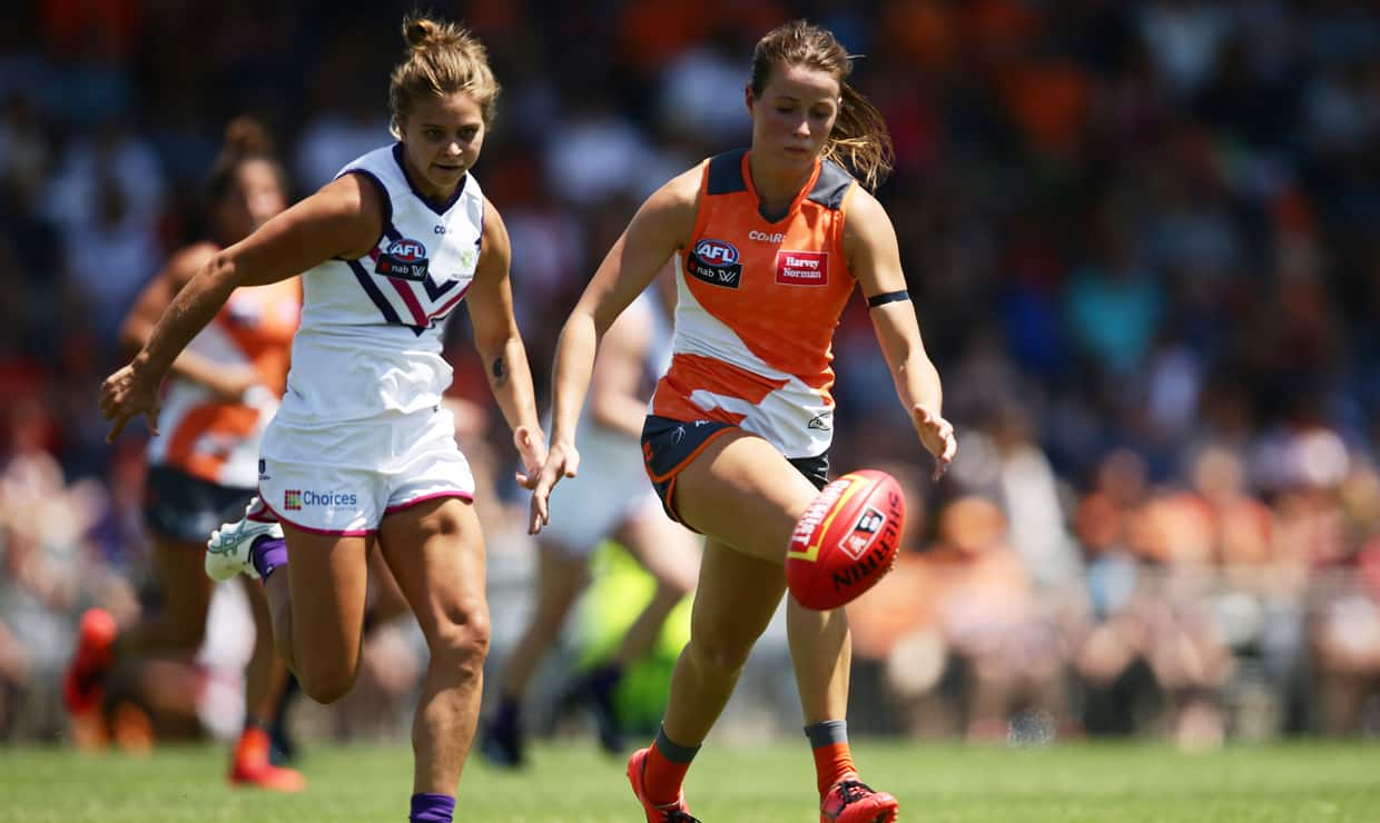 GIANTS player Nicola Barr contests the ball during the 2017 season. - AFLW