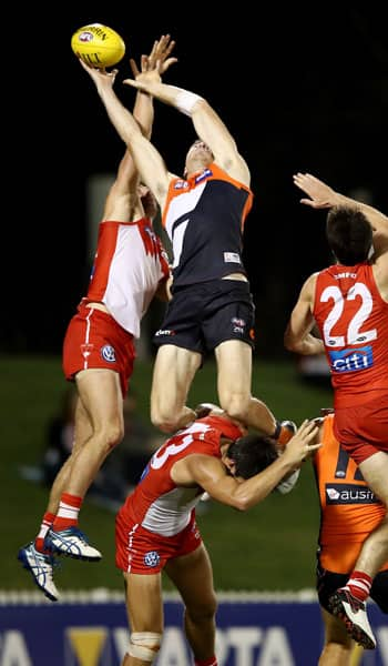 Jeremy Cameron almost pulled in one of the marks of the year, but couldn't cling on after soaring during the GIANTS' loss to the Swans. - GWS Giants,Sydney Swans,Blacktown International Sportspark