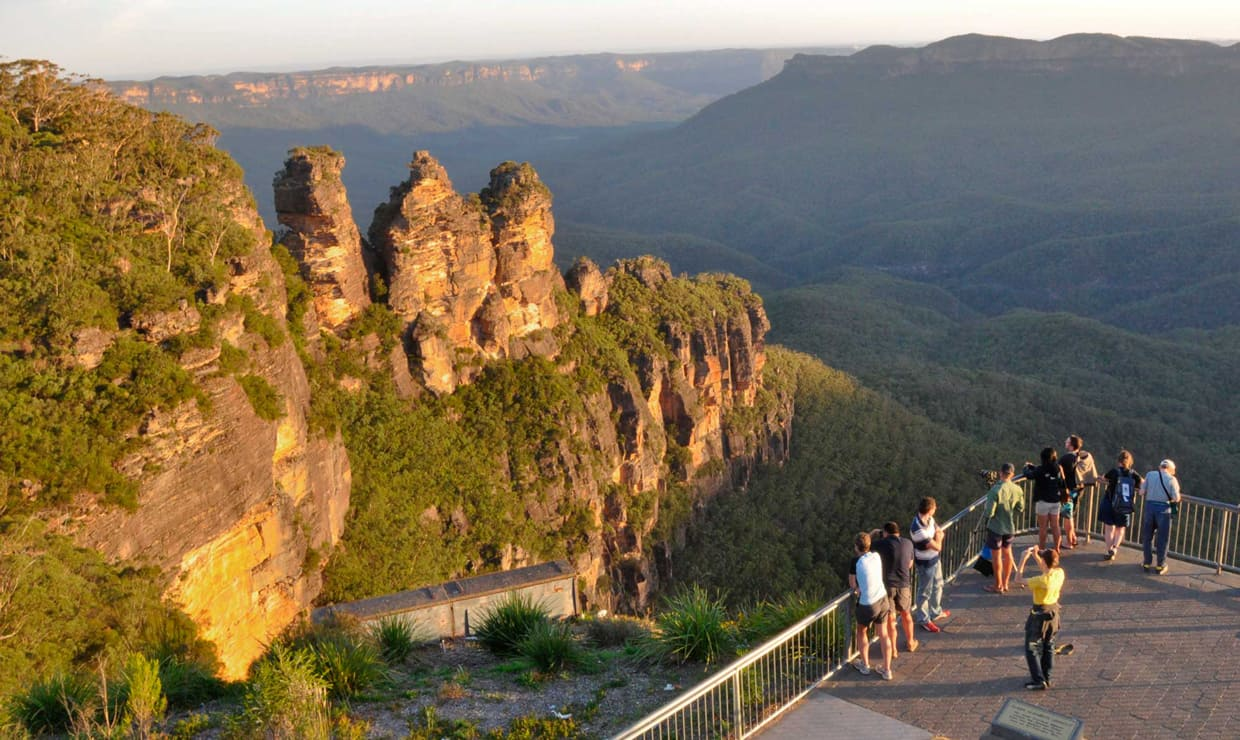 The Three Sisters rock formation, one of the Blue Mountain's most spectacular sites. Photo: bluemts.com.au - AFL,GWS Giants