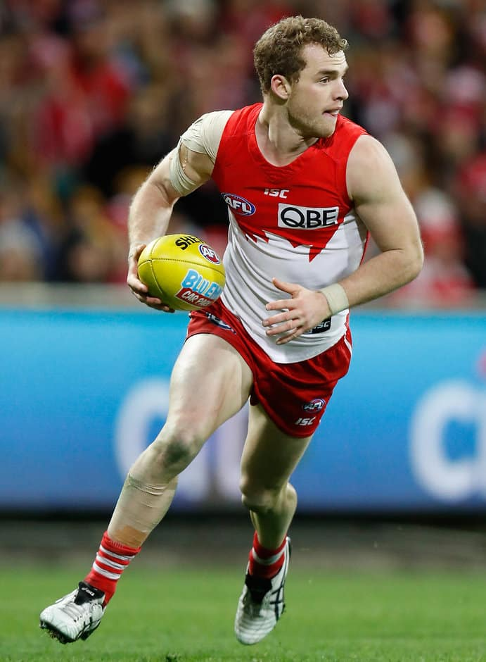 SYDNEY, AUSTRALIA - JULY 14: Tom Mitchell of the Swans in action during the 2016 AFL Round 17 match between the Sydney Swans and the Hawthorn Hawks at the Sydney Cricket Ground on July 14, 2016 in Sydney, Australia. (Photo by Michael Willson/AFL Media)