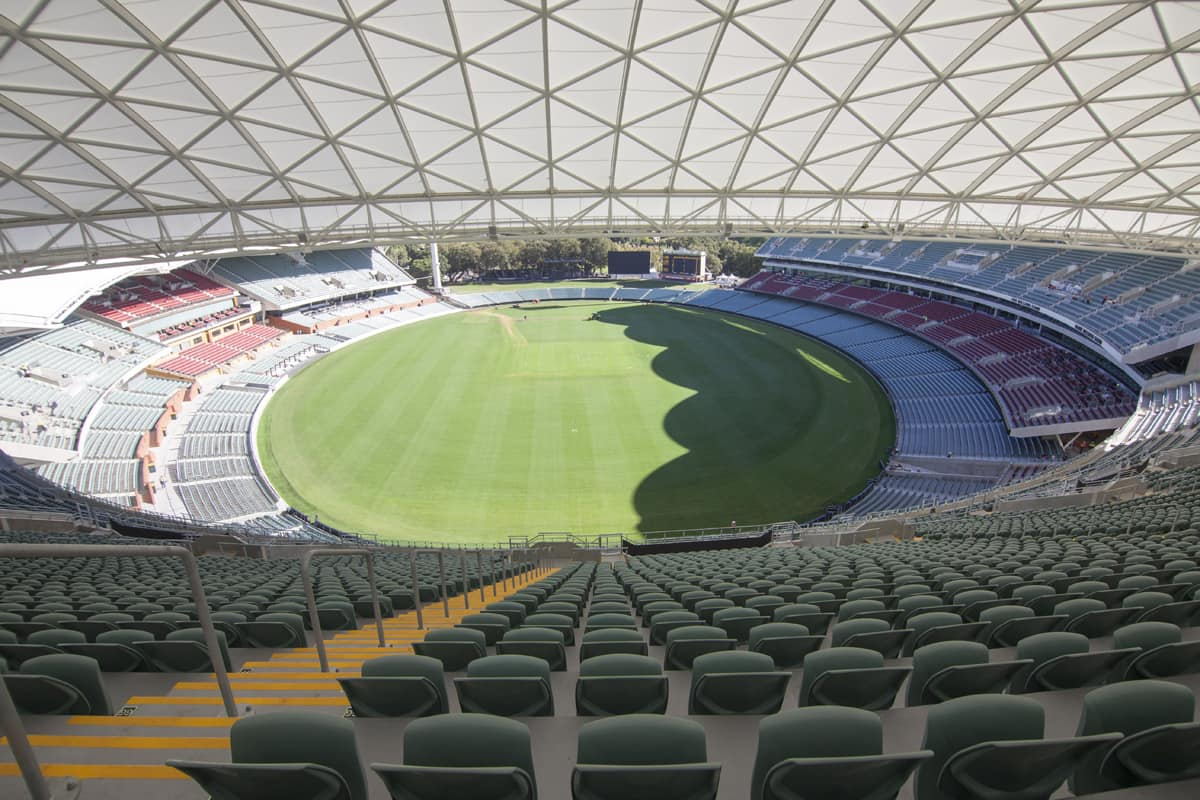 Skinny flat: new Adelaide Oval one of League's thinnest