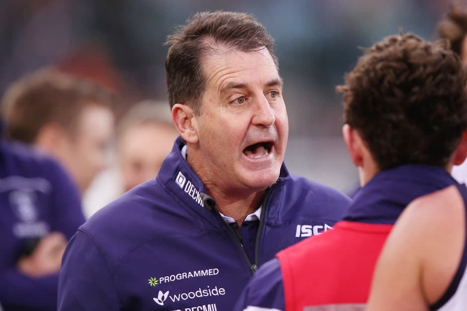 Ross Lyon will answer your questions - ${keywords}