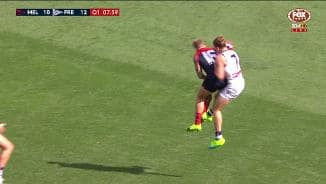 Fyfe can't cash in on crazy courage