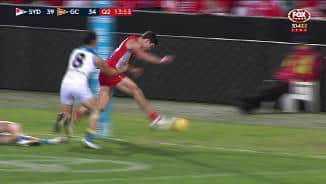 Unrewarded tackle gifts Hewitt a major