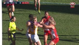 Robertson locks horns with Buddy