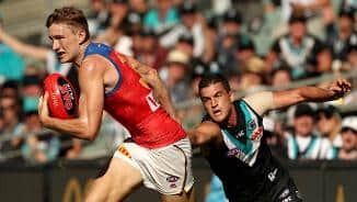 Watch the last two minutes: Port v Bris