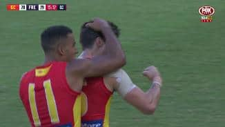 Silky Sexton punishes Dockers