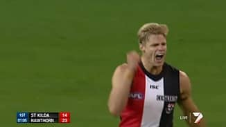 Riewoldt over the shoulder