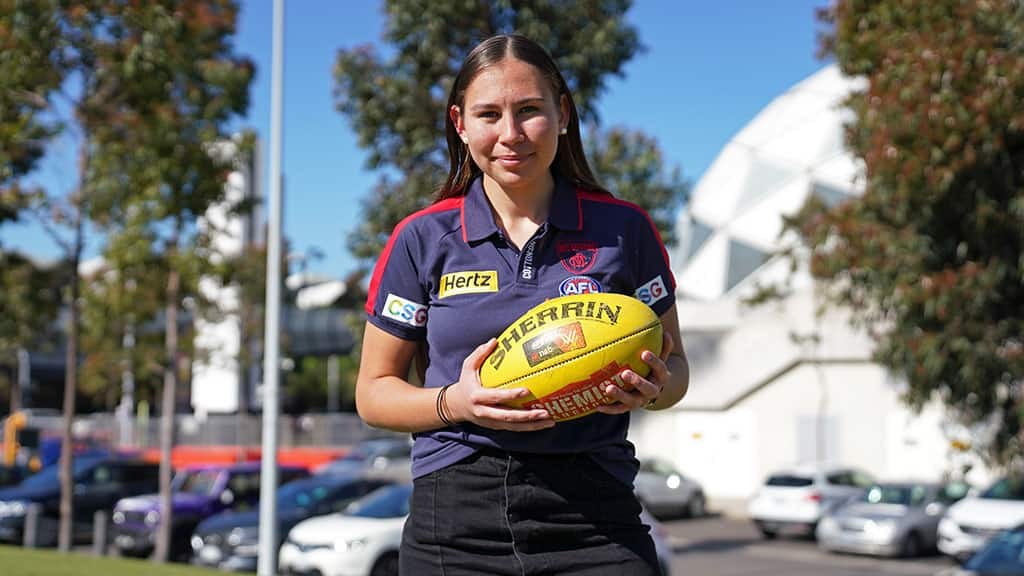 AFLW: Petrevski aims to inspire Indigenous youth