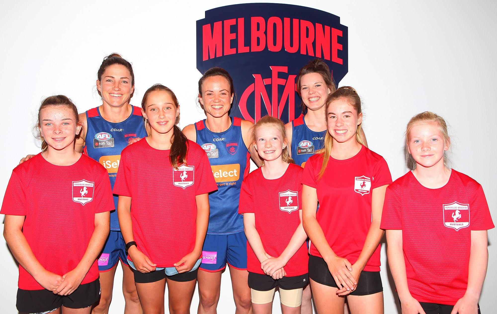 Representatives from the SMJFL meet Melbourne's AFLW leadership group (Photo: Matthew Goodrope)