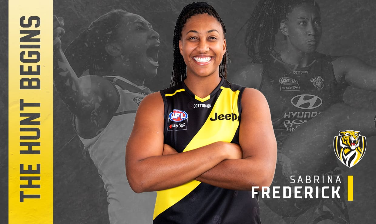 19Web Cycler Hero - Player Signing Womens - Sabrina Frederick.jpg