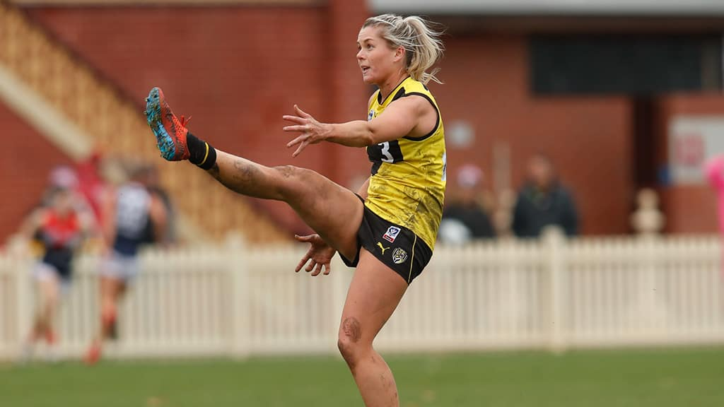VFLW: Brennan and Chuot back for final round