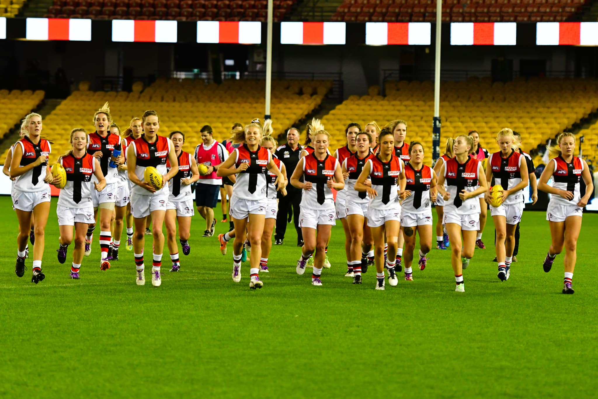 St Kilda Football Club will field a team in the VFL Women's Competition in 2018, in partnership with the Frankston Football Club.