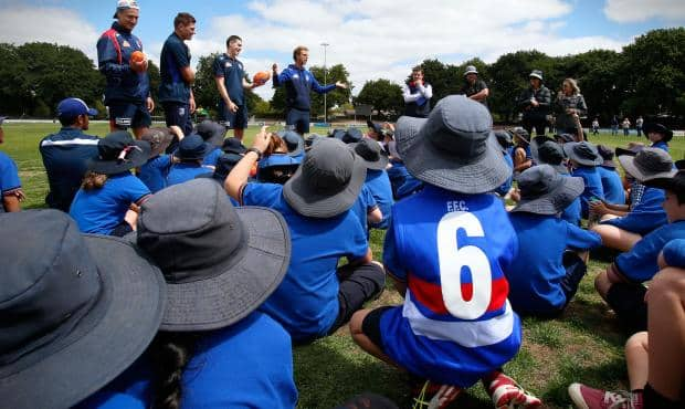 Western Bulldogs will return to regional Victoria as part of the 2018 Australia Post AFL Community Camp. (Photo: AFL Media) - Western Bulldogs