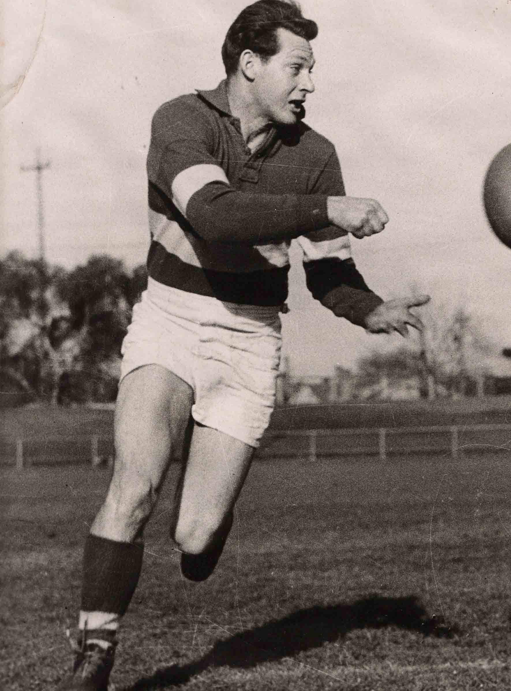 Don Ross has become the latest member to be inducted into the Footscray/Western Bulldogs Hall of Fame. (Photo: westernbulldogs.com.au)