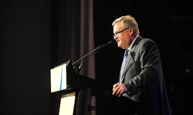 Peter Gordon addresses the room at the 2015 Sutton Medal at Crown Palladium, Melbourne.  (Photo: Darren Pocock, Western Bulldogs FC)