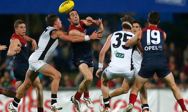AFL 2012 Rd 17 - Melbourne v Port Adelaide