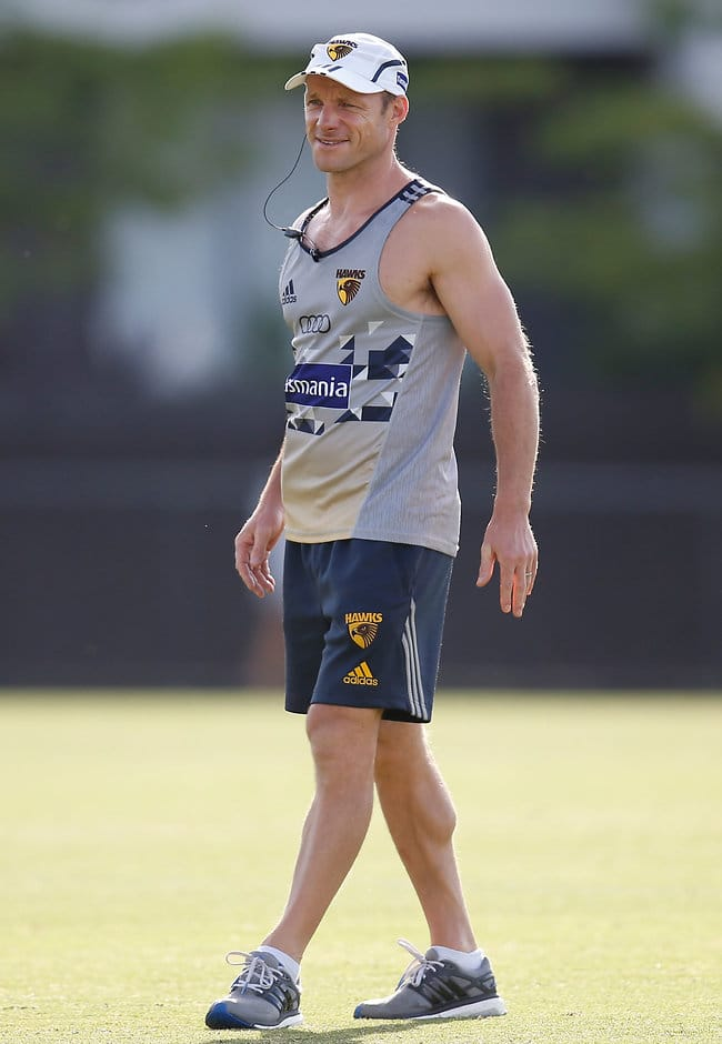 Hawthorn's elite performance manager Andrew Russell is set to leave the club - AFL,Hawthorn Hawks,Isaac Smith