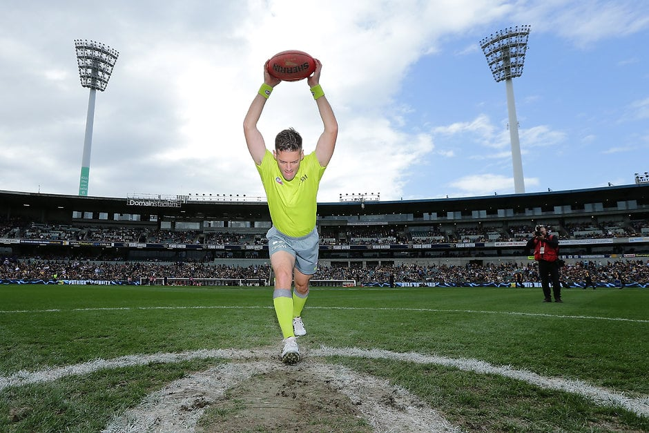 The bounce is set to get bumped - AFL,Umpires