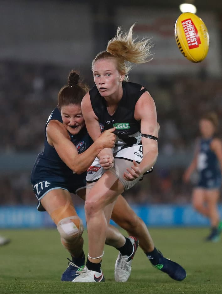 Sarah D'Arcy says she could barely hear her teammates against the Blues - ${keywords}