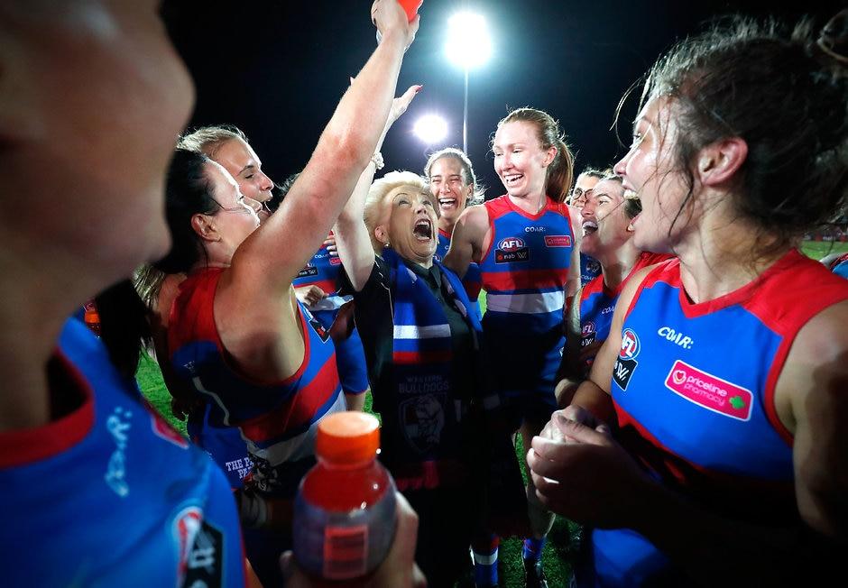 Susan Alberti with the winning Western Bulldogs - AFLW