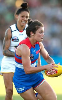 MELBOURNE, AUSTRALIA - FEBRUARY 10: Ellie Blackburn of the Bulldogs in action during the 2017 AFLW Round 02 match between the Western Bulldogs and the Adelaide Crows at VU Whitten Oval on February 10, 2017 in Melbourne, Australia. (Photo by Adam Trafford/AFL Media)