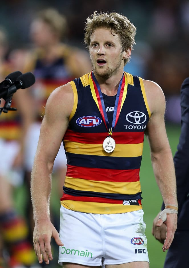 ADELAIDE, AUSTRALIA - APRIL 08: Rory Sloane of the Crows wins the Showdown Medal during the 2017 AFL round 03 match between Port Adelaide Power and the Adelaide Crows at the Adelaide Oval on April 08, 2017 in Adelaide, Australia. (Photo by AFL Media)