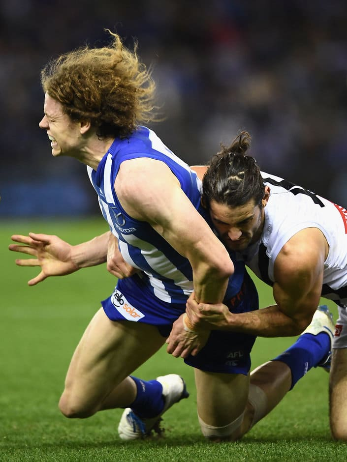 Ben Brown was concussed in this tackle from Brodie Grundy - ${keywords}