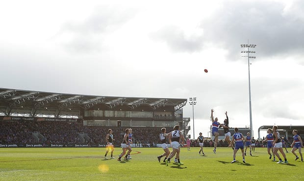 Western Bulldogs will return to Ballarat in March to open their 2018 JLT Community Series campaign. (Photo: AFL Media) - Western Bulldogs