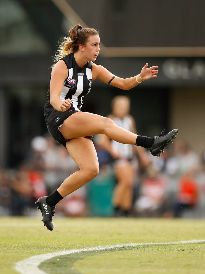 Chloe Molloy is one of four first-year players in the All Australian squad - AFLW,All Australian,Collingwood Magpies,Melbourne Demons,Adelaide Crows,Brisbane Lions,Carlton Blues,Fremantle Dockers,GWS Giants,Western Bulldogs