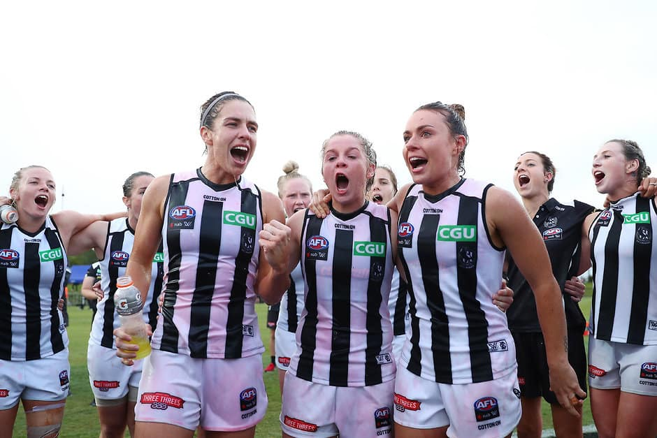 Collingwood players celebrate a win during the 2018 AFLW season - AFLW,Collingwood Magpies,Collingwood