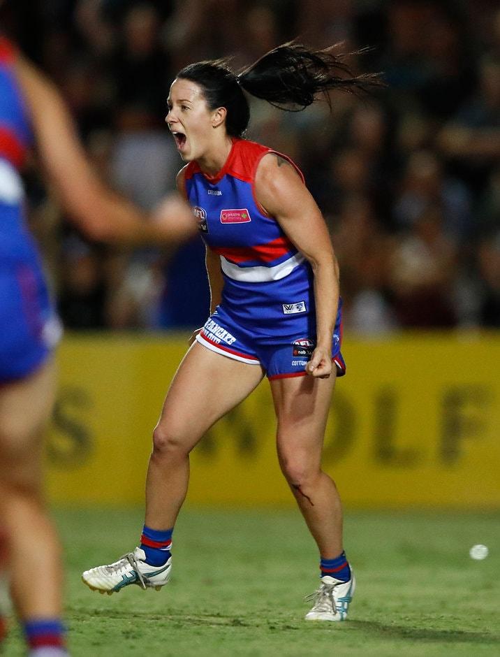 Brooke Lochland celebrates her match-winner - AFLW,Western Bulldogs,Melbourne Demons