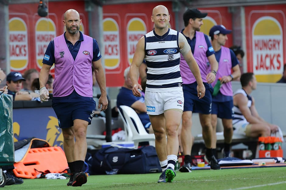 Gary Ablett walks the boundary line after injuring his hamstring in round three - AFL,Gary Ablett,Geelong Cats,GWS Giants