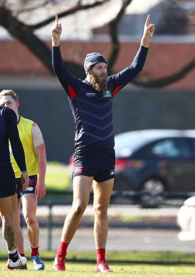 Max Gawn could only walk laps at training on Thursday - AFL,Melbourne Demons,Max Gawn