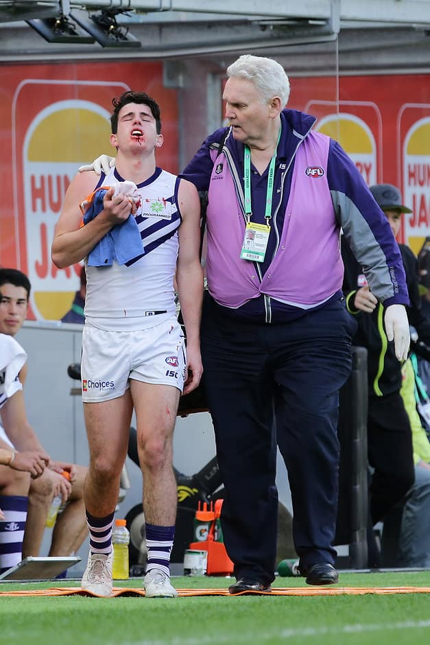 Eagle Andrew Gaff hit Andrew Brayshaw off the ball - AFL,West Coast Eagles,Fremantle Dockers,Optus Stadium,Injuries,Andrew Gaff,Andrew Brayshaw