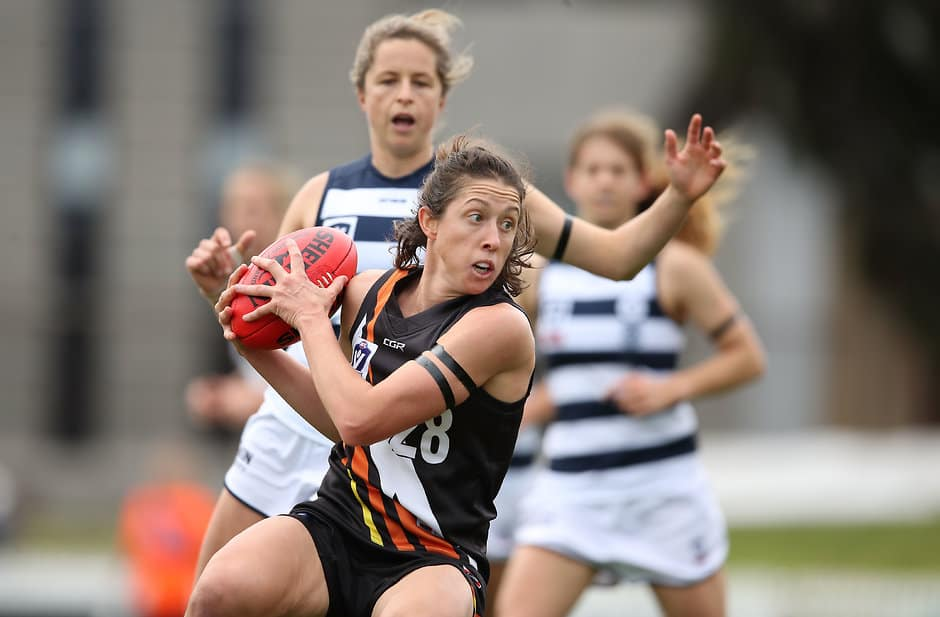 Renee Forth in action for the NT Thunder - AFLW,Adelaide Crows,Renee Forth,AFL Exchange