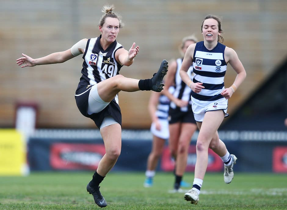 Sophie Alexander in action in last year's VFLW preliminary final - AFLW,Collingwood Magpies
