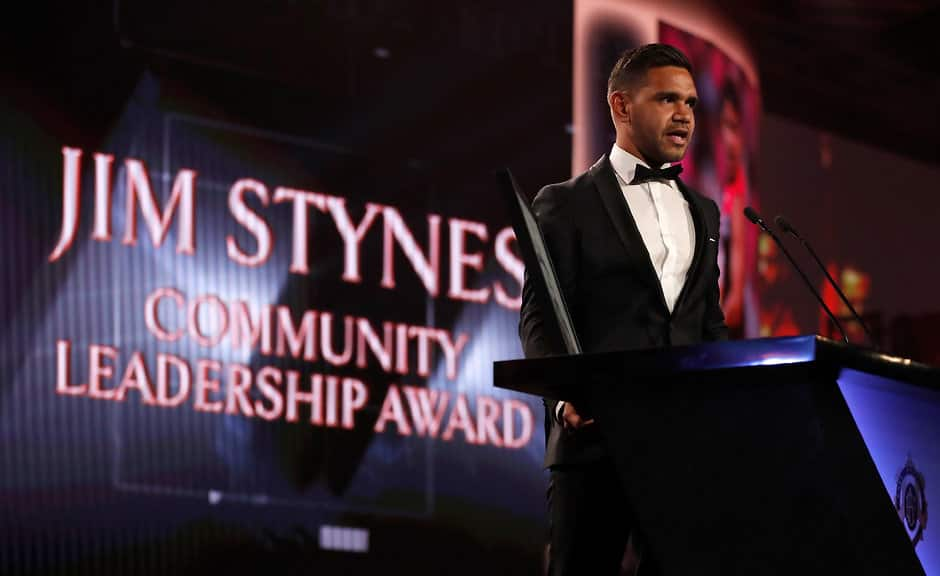 Neville Jetta receives the Jim Stynes Community Leadership Award - AFL,Brownlow,Neville Jetta
